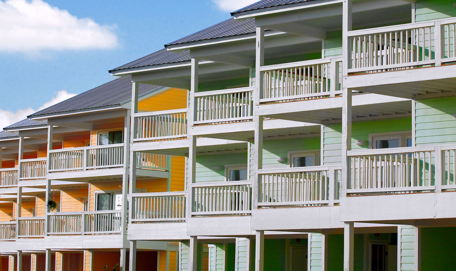 Are timeshares worth it: row of tropical townhomes